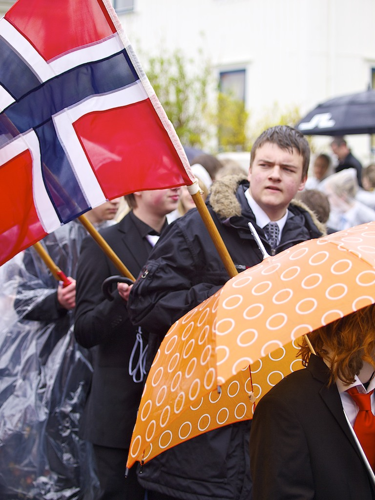 Flaggbærer i barnetoget